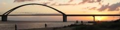 Fehmarnsund-Brücke bei Sonnenuntergang